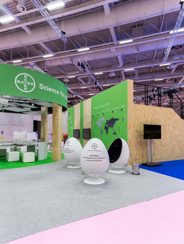muesiemue Interiordesign, Event Design und Messebau, Funktion und Design von handwerkplusdesign und Tonia Welter für Cube-Global_