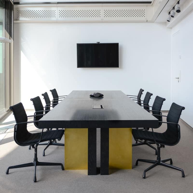 muesiemue Interiordesign, Konferenztische und Tresen, Funktion und Design von handwerkplusdesign für Berliner Kanzlei