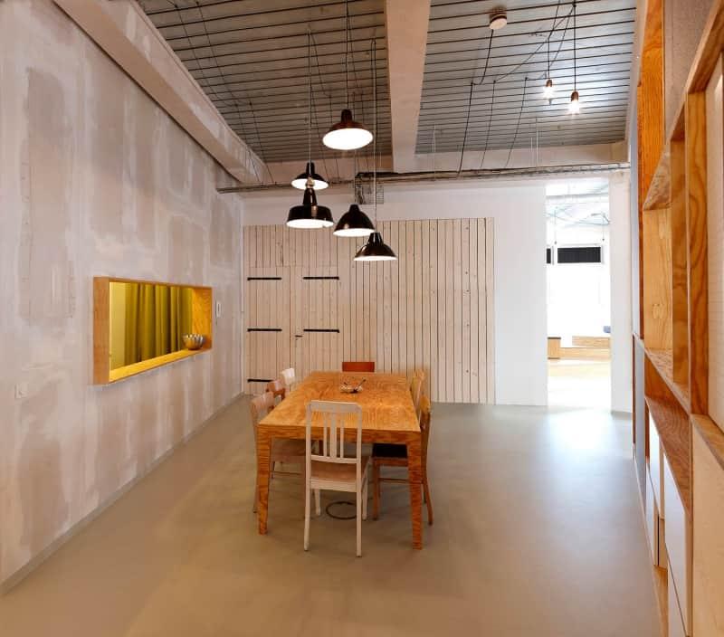 muesiemue Interiordesign, Sitzlandschaft und Konferenztische sowie Meetingcubes, Funktion und Design von handwerkplusdesign und Tonia Welter für Heimat Werbeagentur