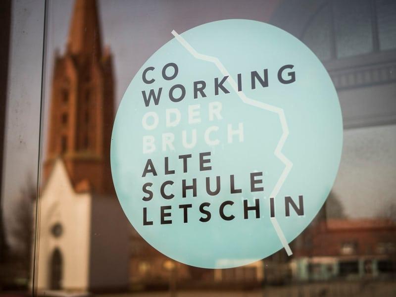 Coworking, Office Interiordesign von Tonia Welter für Coworking Oderbruch, DanielSeiffert(c)