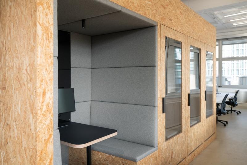 muesiemue Interiordesign, StartUp Office, Meetingraum, Telefonkabine, Funktion und Design von handwerkplusdesign und maerzostudio für xcnt